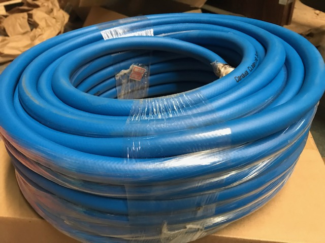 "5/8"" x 100' PURE WATER SUPPLY HOSE WITH CONNECTORS"